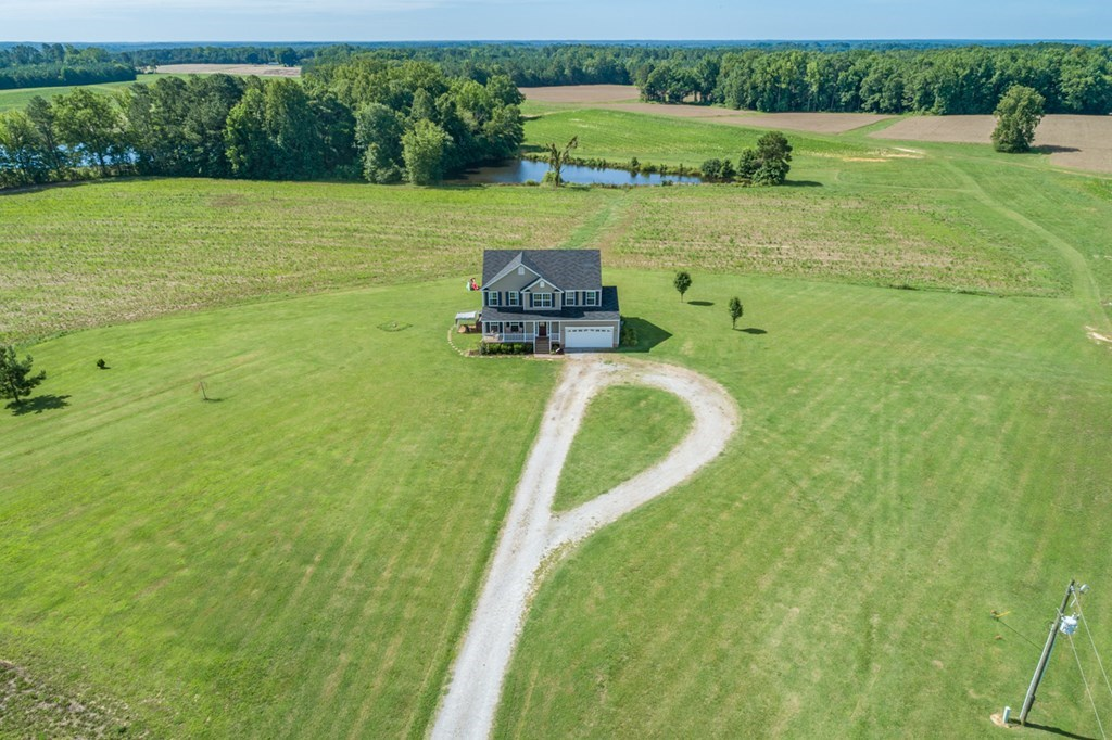 Traditional Home With A Country Setting Near Kerr Lake, VA
