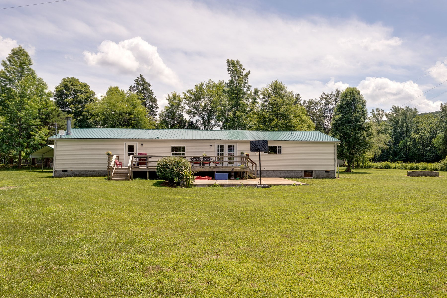 Peaceful Country Living Minutes To Centerville Tennessee