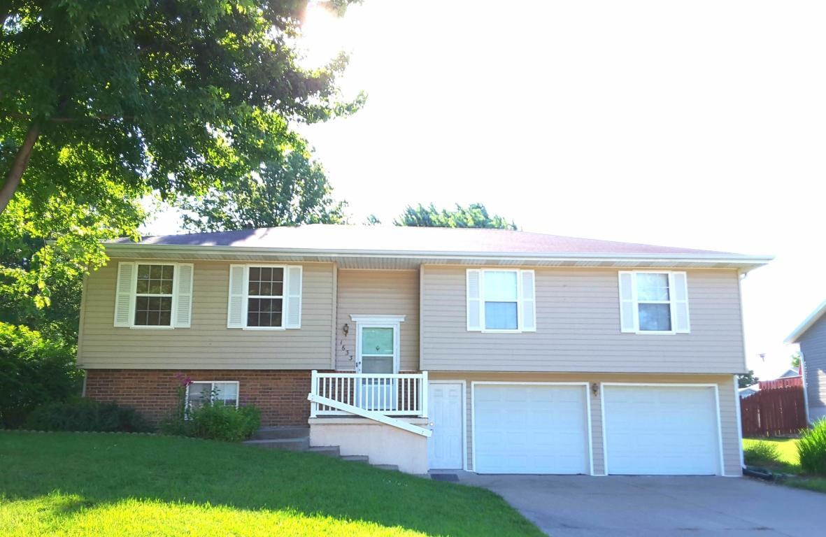 3 BEDROOM, 2 BATHROOM HOME FOR SALE IN MARYVILLE, MISSOURI