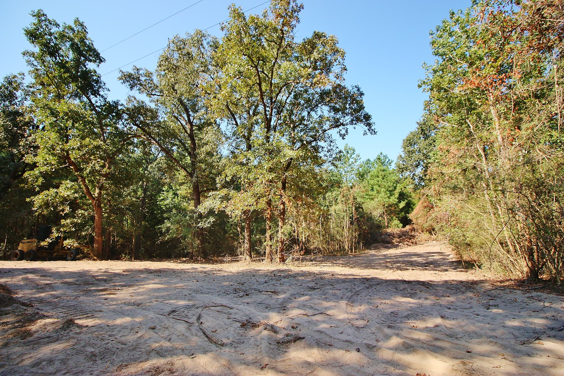 Wooded Acreage For Sale in Centerville, TX - 3.47 Acres