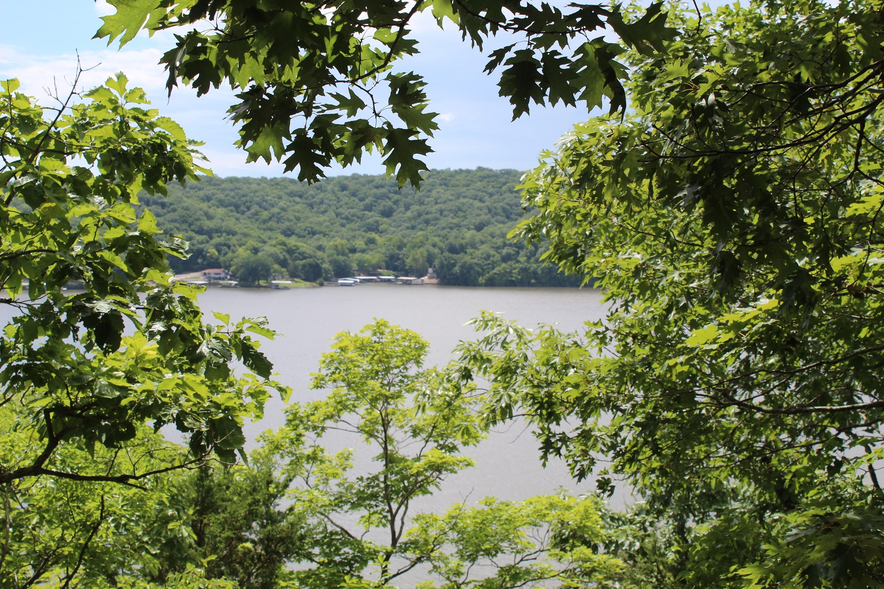 Lakefront Home Site at Osage Arm of Lake of the Ozarks, MO