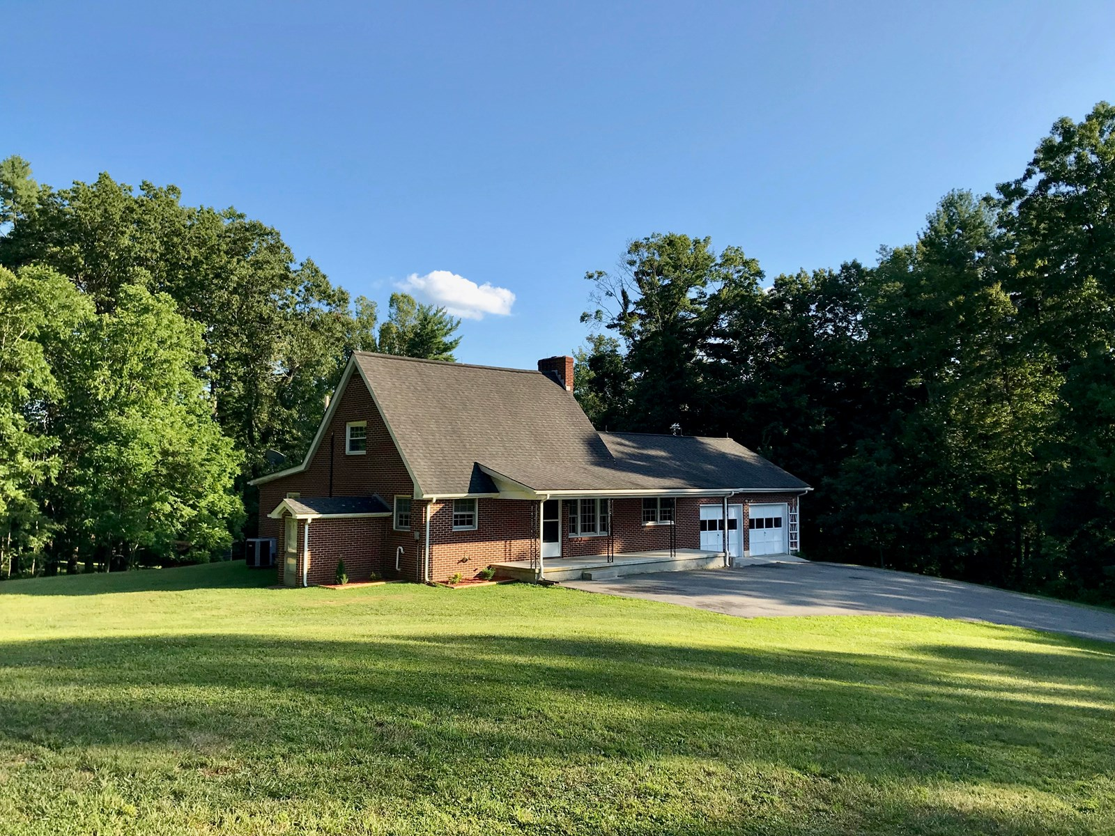 Beautiful Brick Country Home for Sale in Check VA!