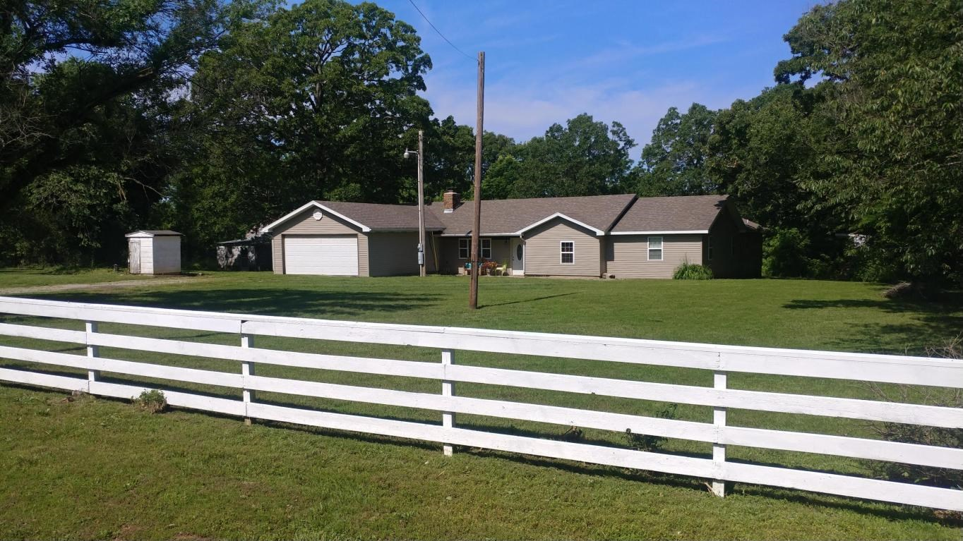 Beautiful Country Home on 20 Acres near Pomme de Terre Lake