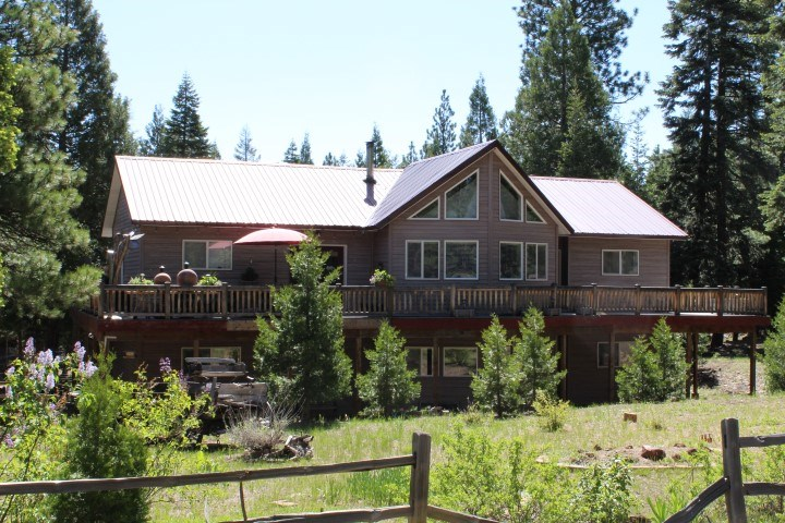 3,000+/-sq. ft. Home on 4.5 Acres for Sale in Modoc County