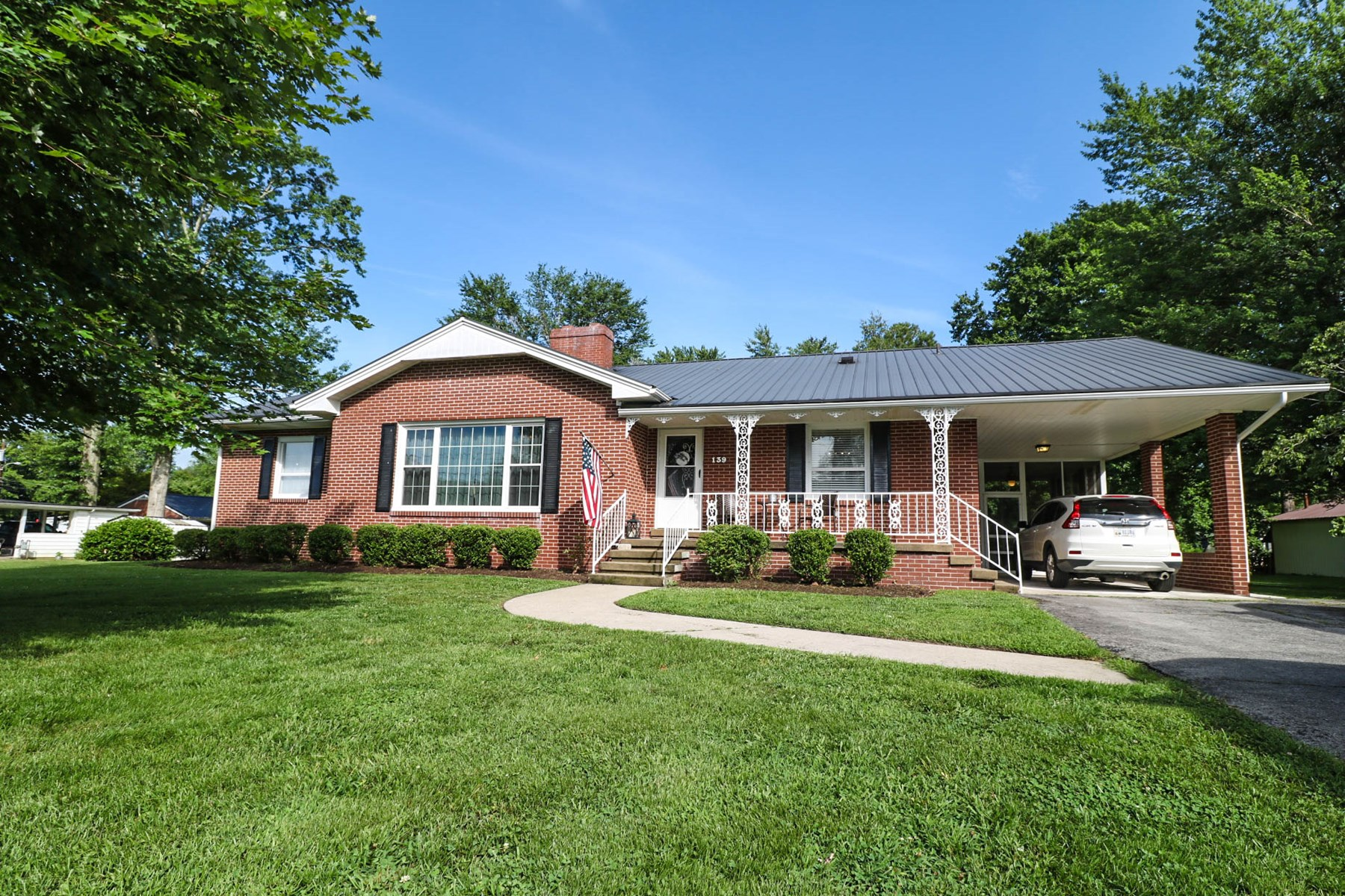 PRICE REDUCED!!!    Liberty Kentucky-Move in ready