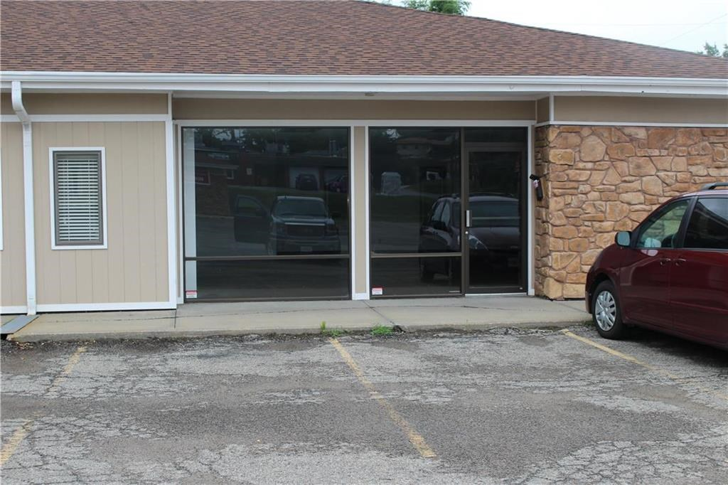Small Business For Lease 1200 SQ Ft Space