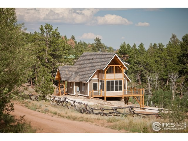 Mountain Lakefront  Homes For Sale Colorado Red Feather