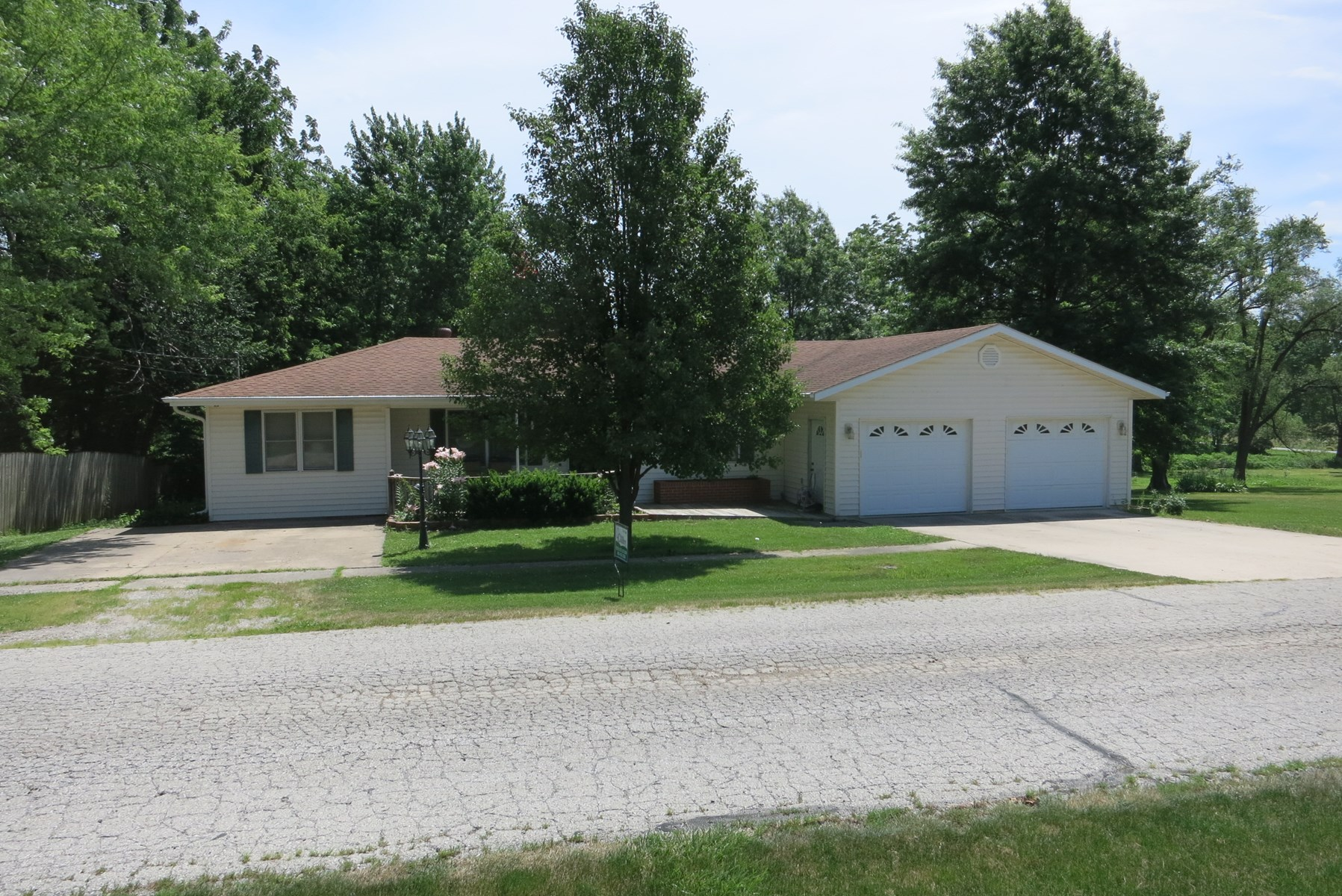 Ranch Home For Sale in Albany Missouri