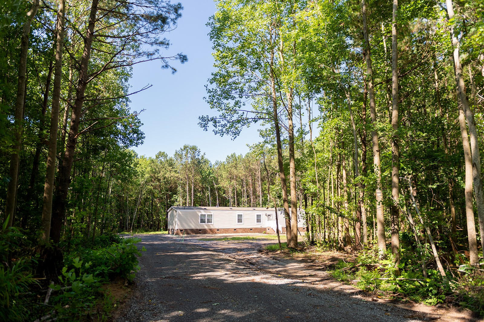 Single Wide on 10.5 ACRES in Perquimans County