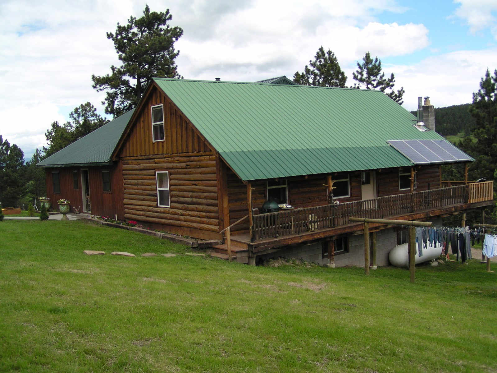Central Montana Log Home on 20 acres for sale