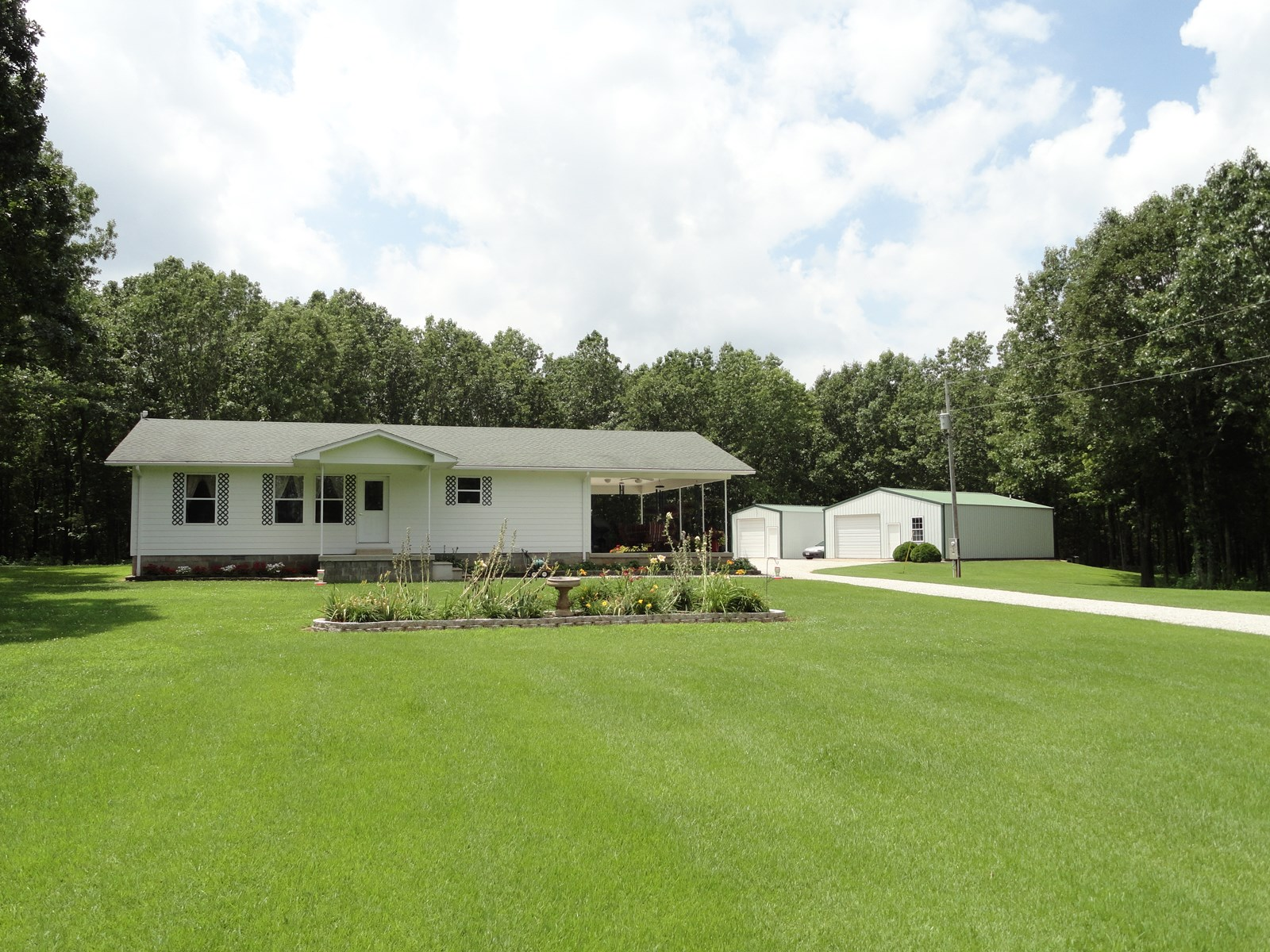 Immaculate home on 38.5 acres in Salem, Missouri!