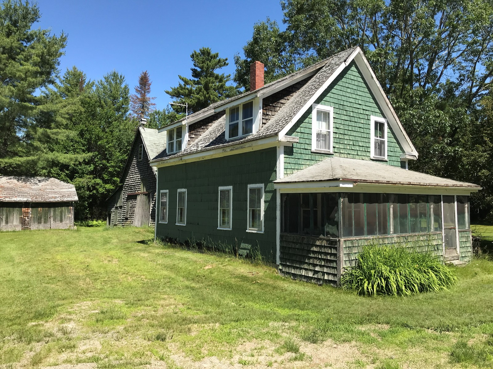 Country Farmhouse for Sale in Grand Falls, ME
