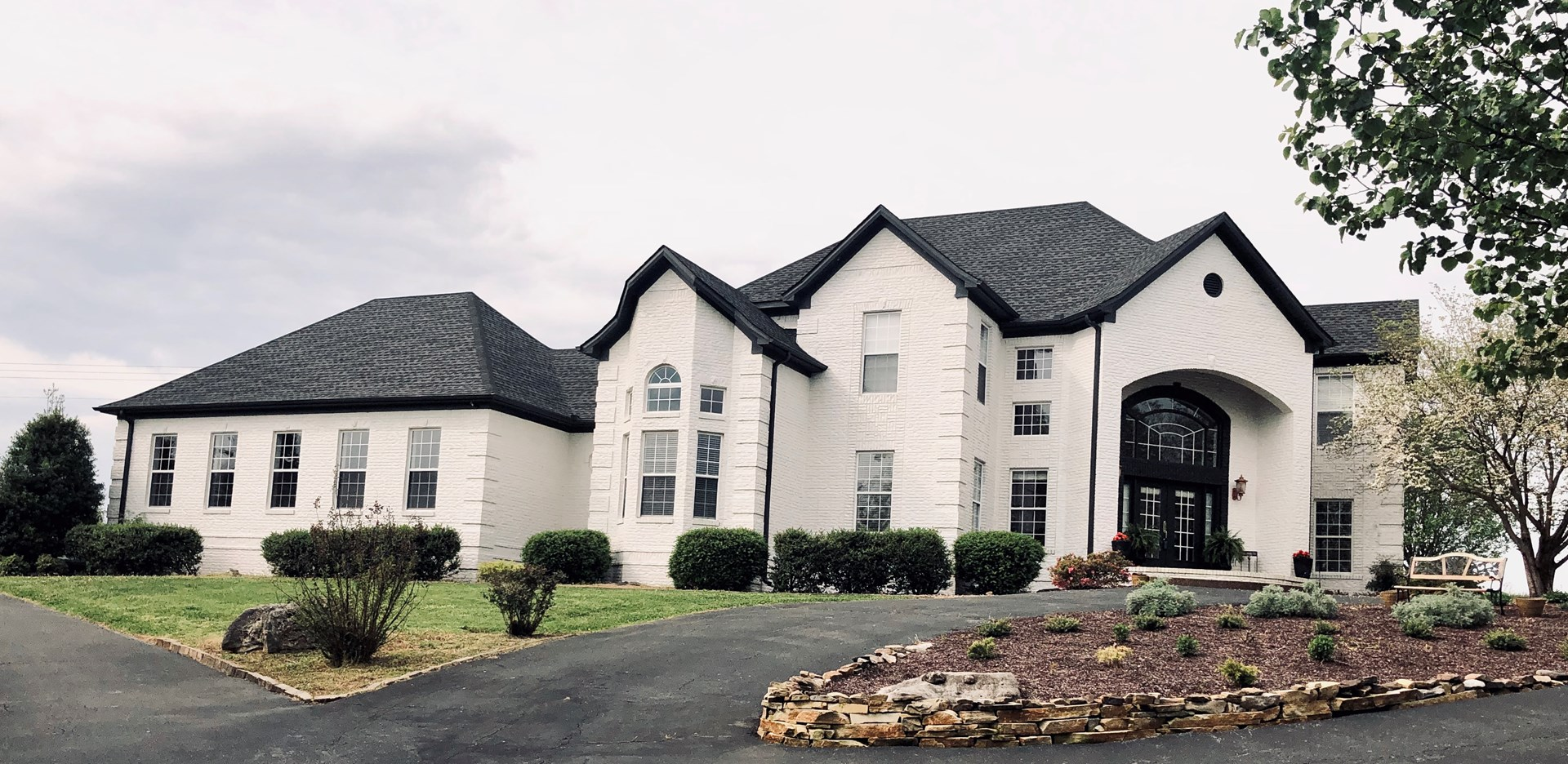 5,000 + sq. ft. Warren Co. Luxury Home Selling at Auction