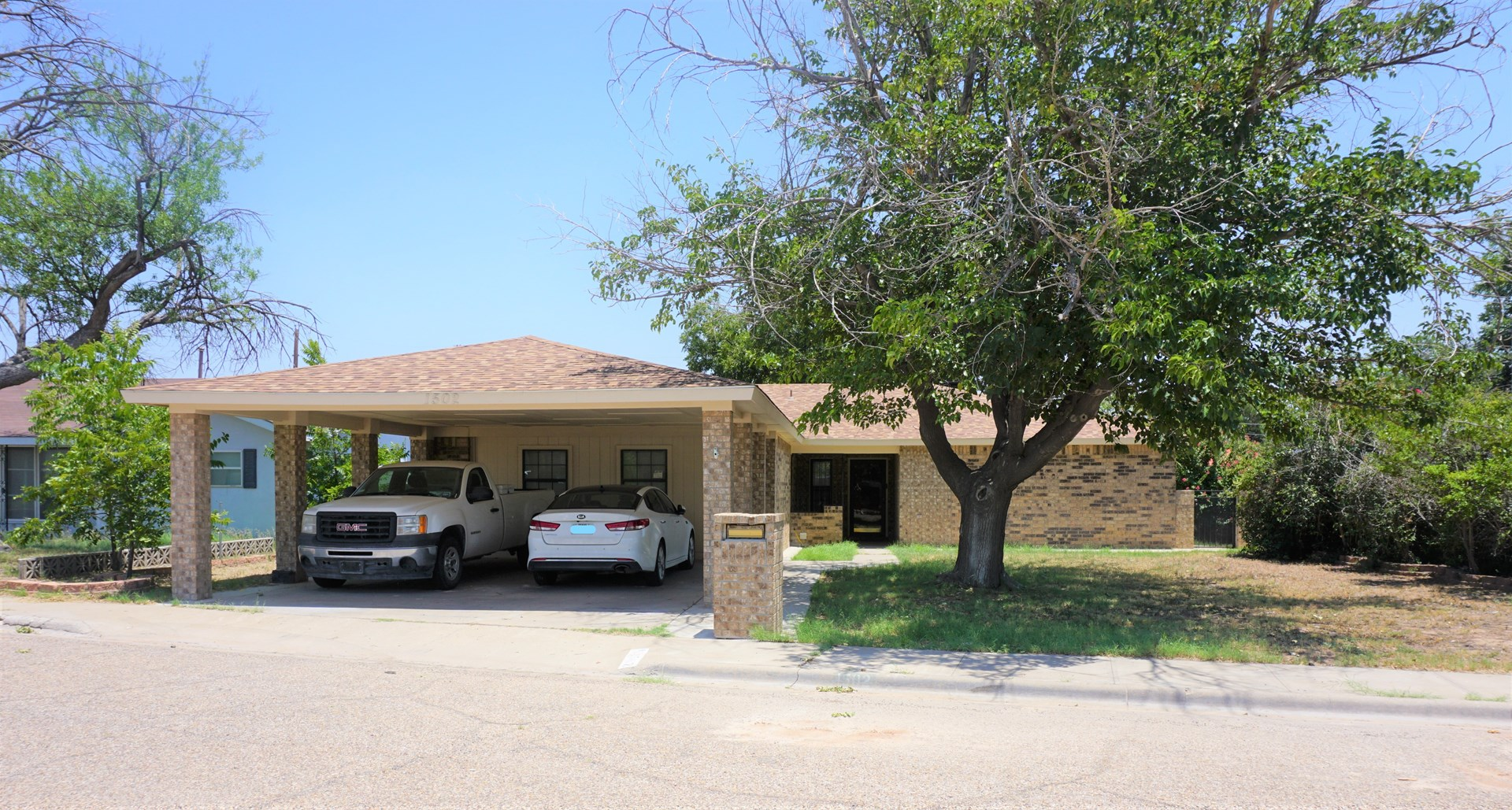 1502 S Allen Avenue in Monahans, TX Has That Solid Feel!