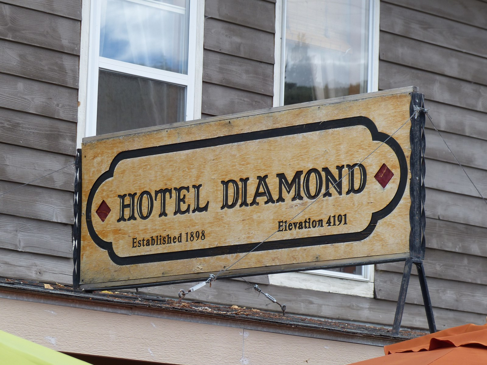 HISTORIC HOTEL DIAMOND FOR SALE IN DIAMOND OREGON