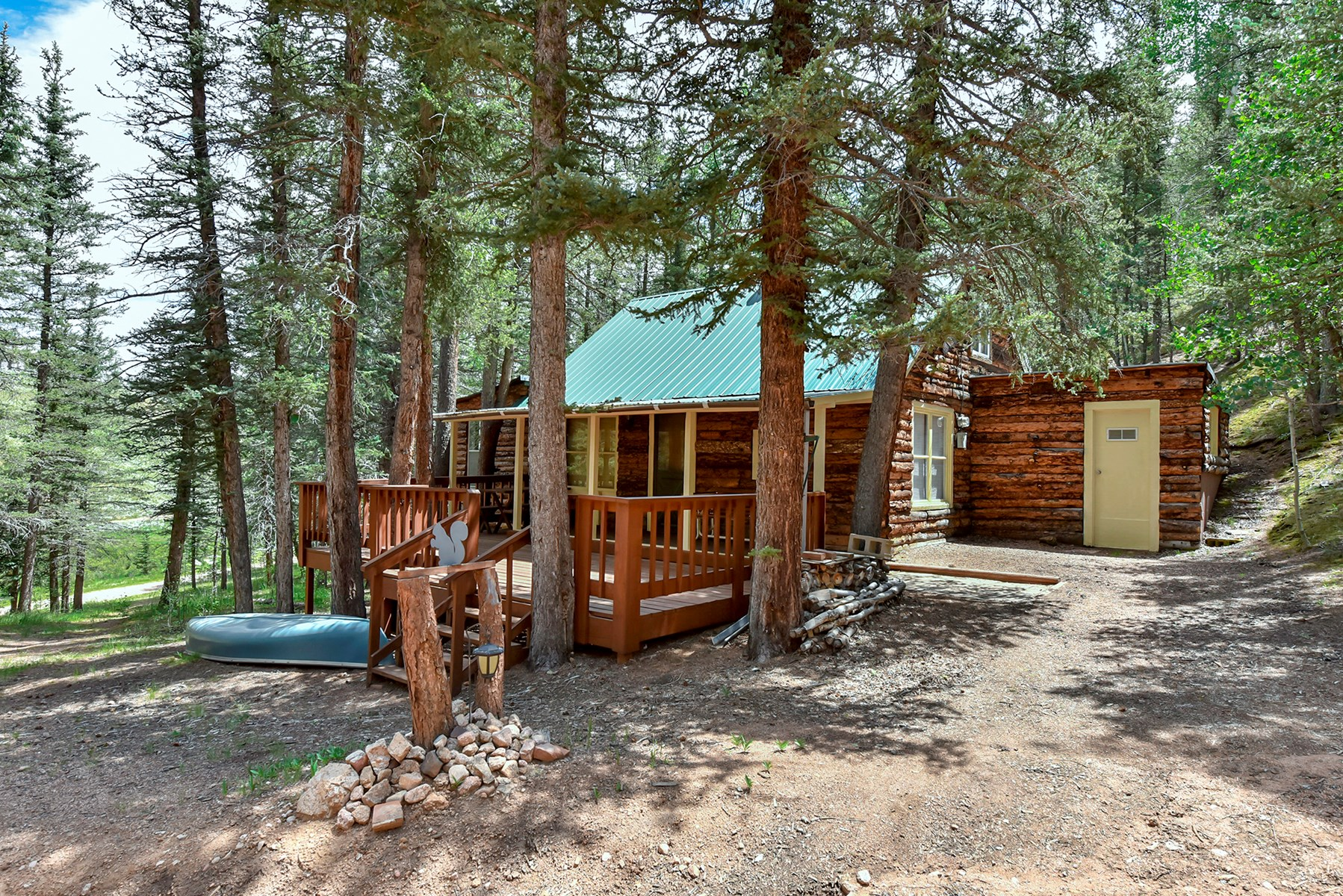 Cabin for Sale in Ute Lakes Fishing Club, Divide, CO