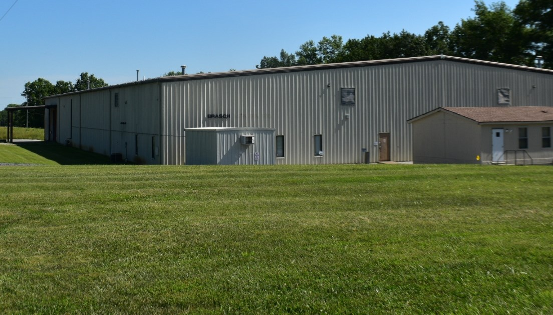 Manufacturing/Industrial Building located in Paris, Missouri