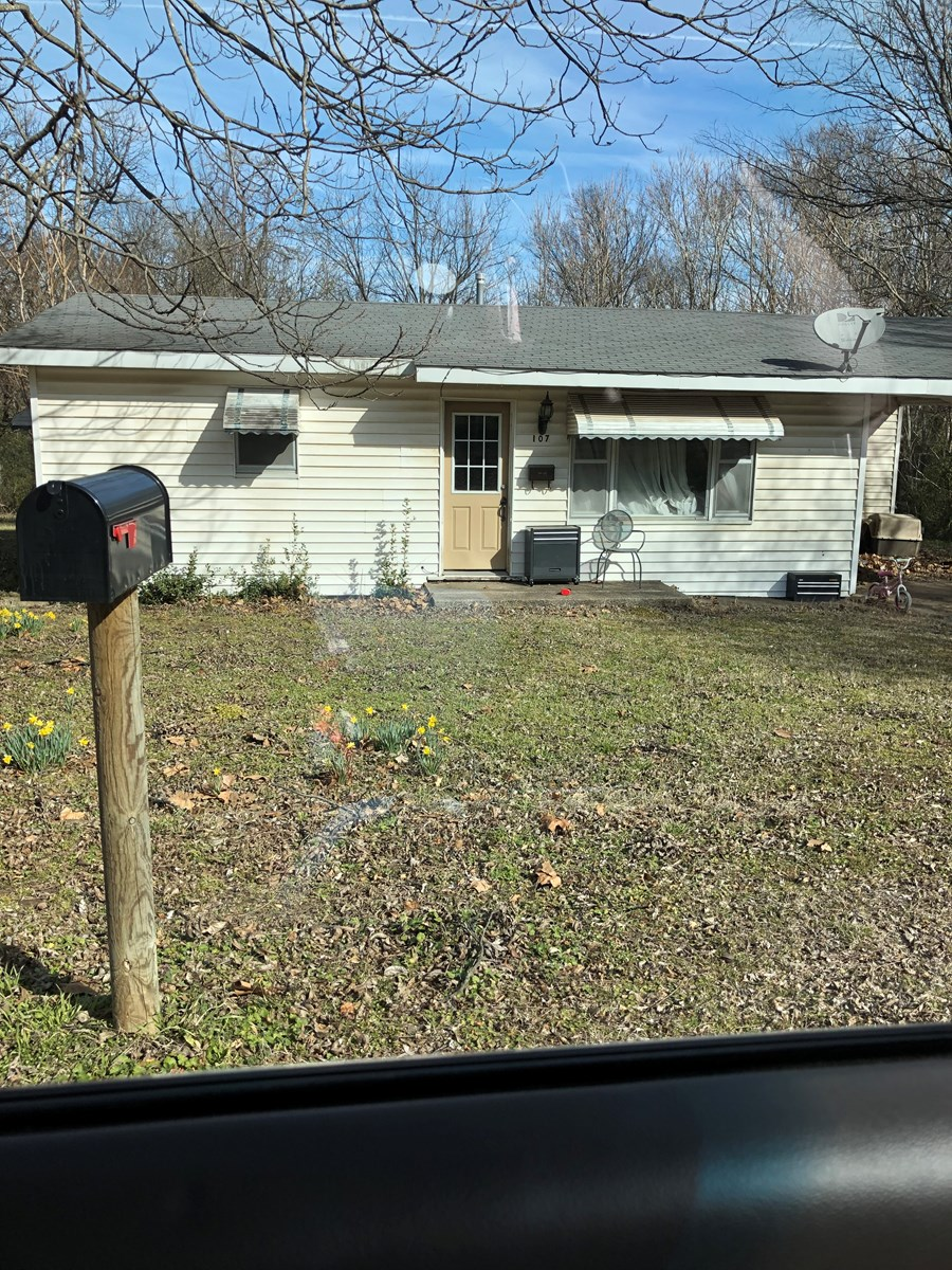 Wilburton OK Home in Town For Sale