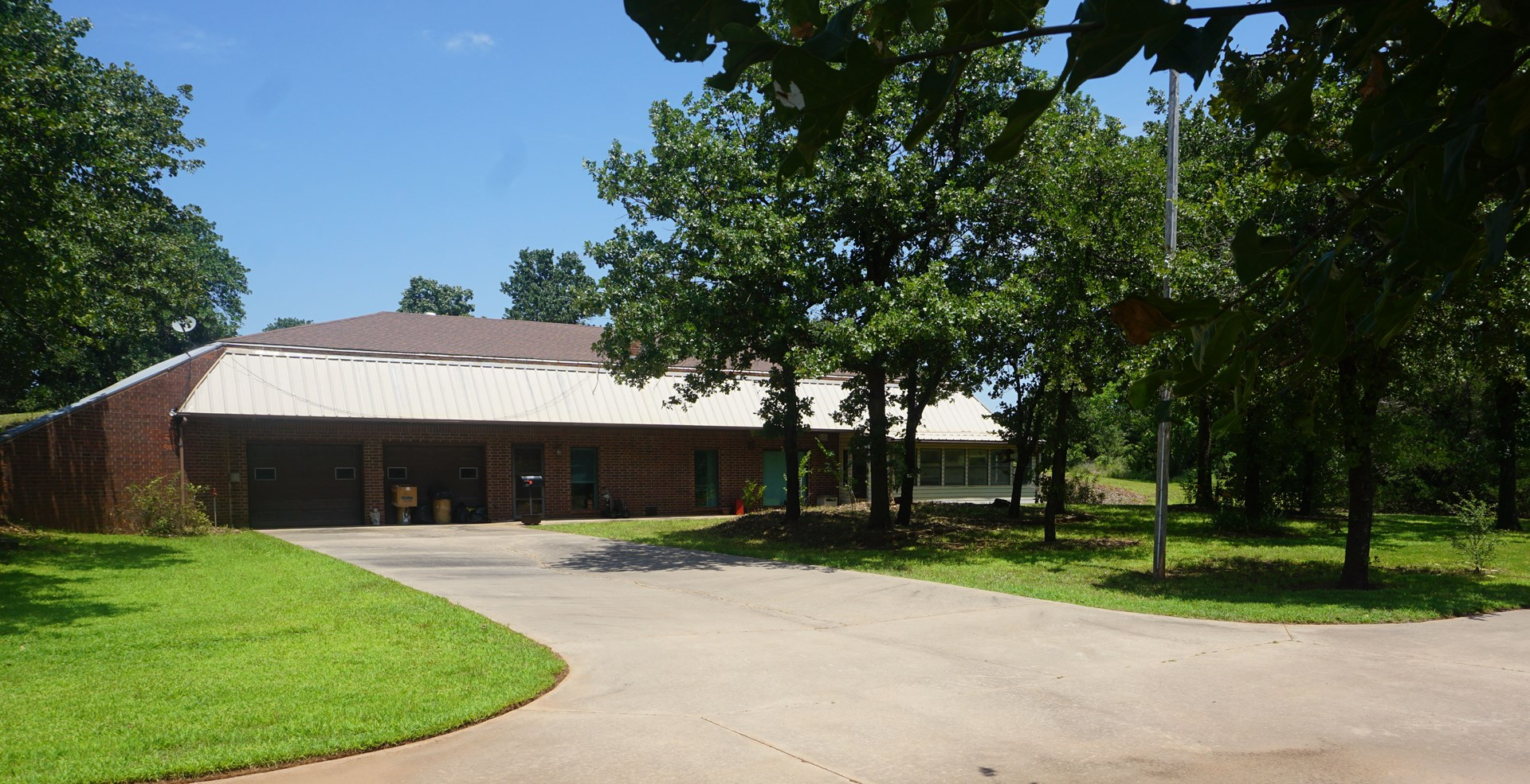 Auction Chandler OK, Home on 2.3 Acres +/- Aug 4 @ 3 p.m.