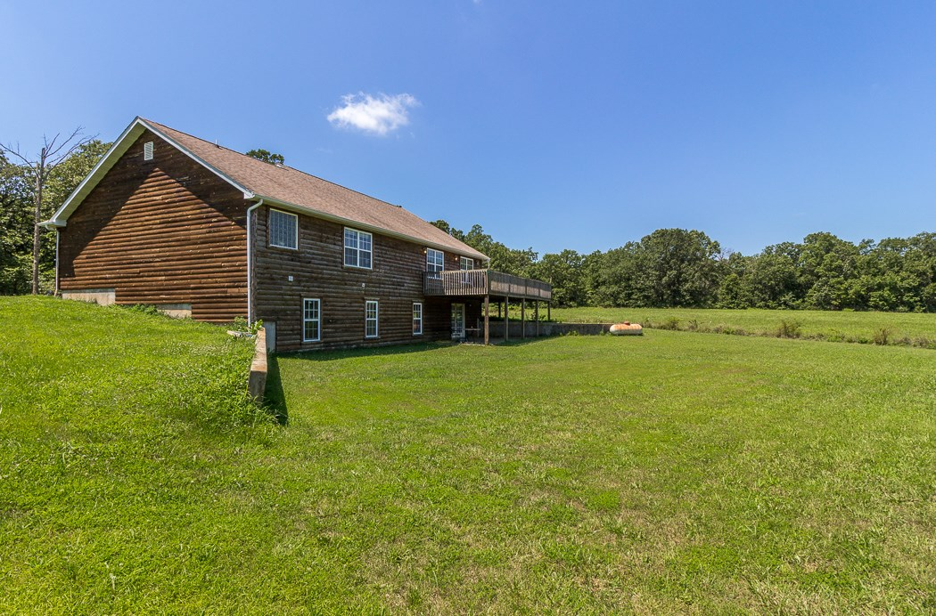Country Home for sale in SW Missouri