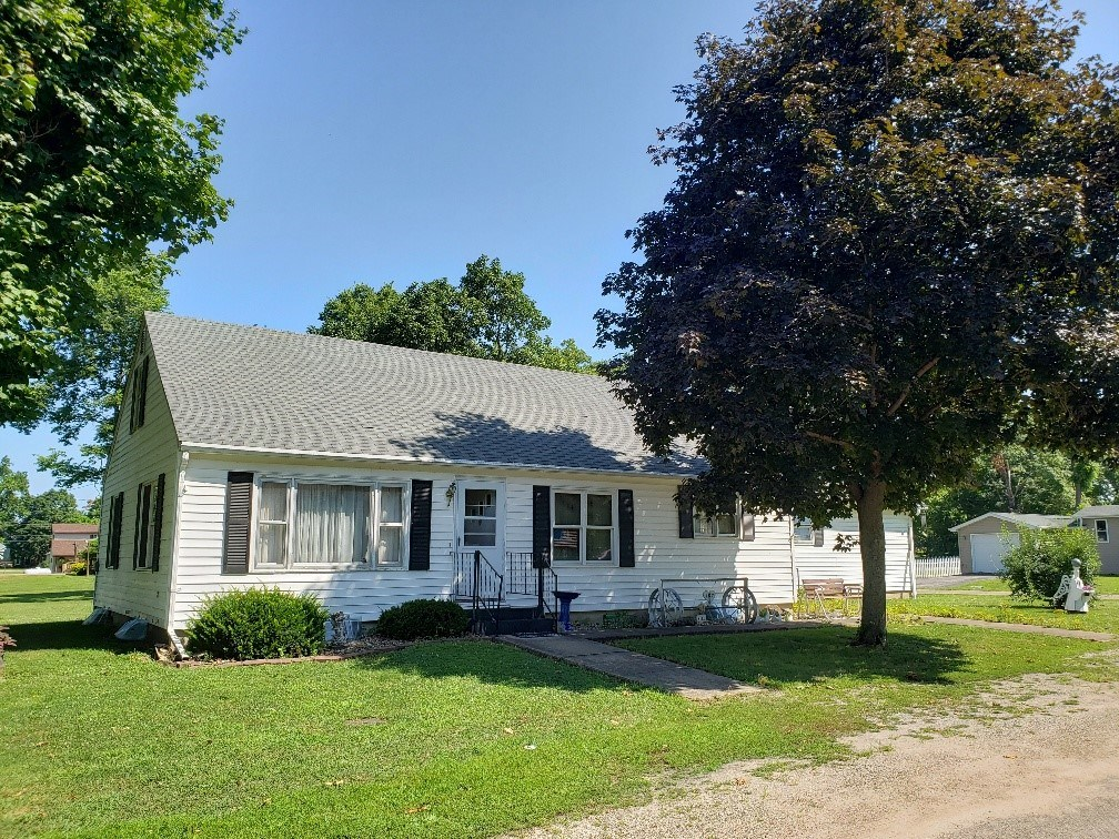 Nice Ranch Style Home in Farmington IA For Sale
