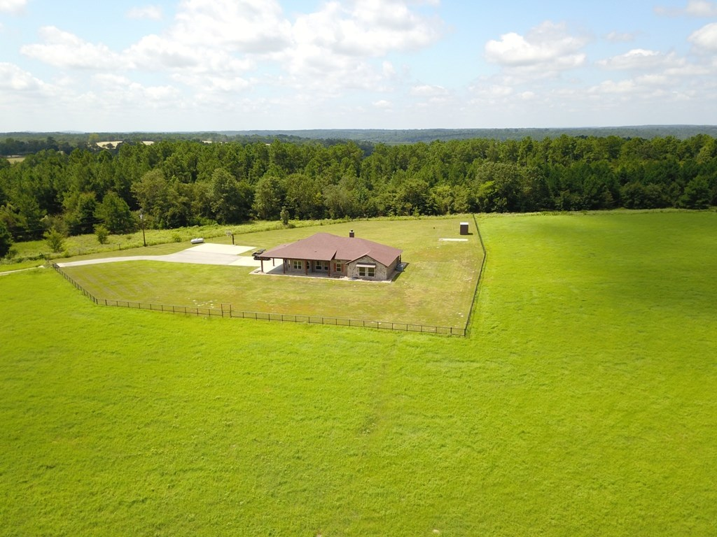 EAST TX COUNTRY HOME & ACREAGE FOR SALE | FRANKSTON TX