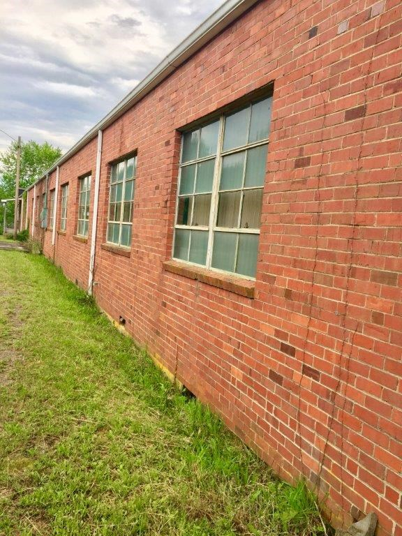 Commercial Building for Sale in Independence VA