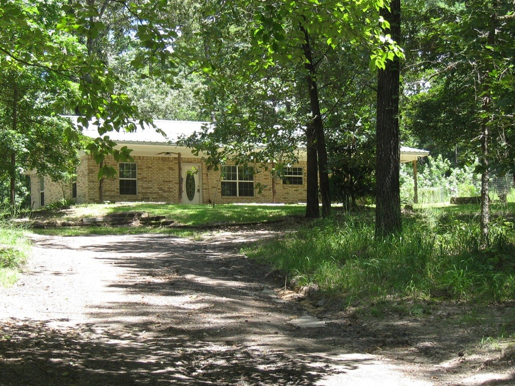 VERY PRIVATE PROPERTY LOCATED IN EAST TEXAS ON 15 ACRES