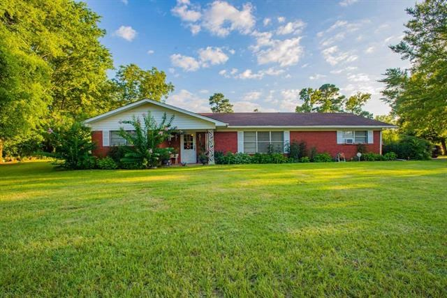 Country Home in Jefferson ISD | House For Sale Jefferson TX