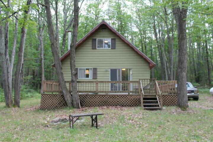Cabin near Voyer Lake for Sale Atlanta MI
