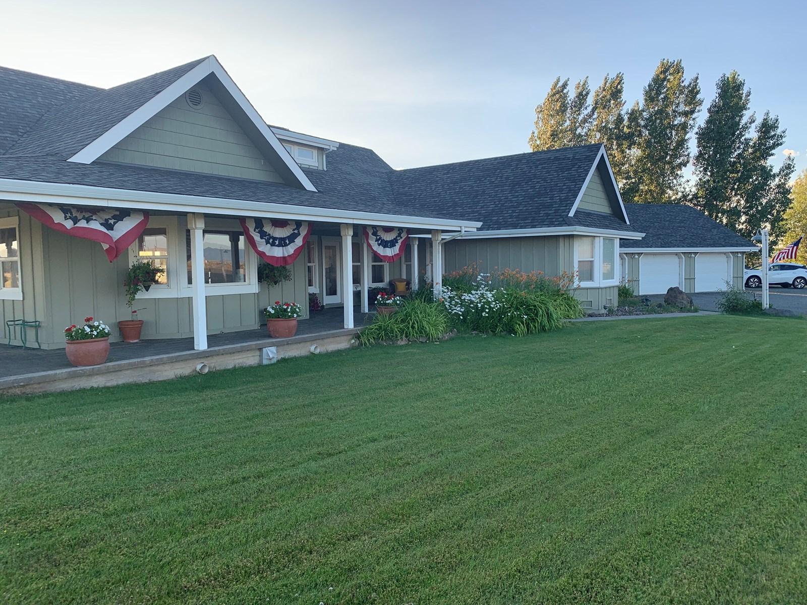 Custom Ranch House & Shop on 9.24 AC For Sale