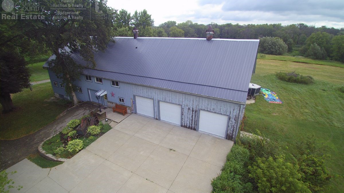 Barn Home with 70+ acres For Sale Jefferson County