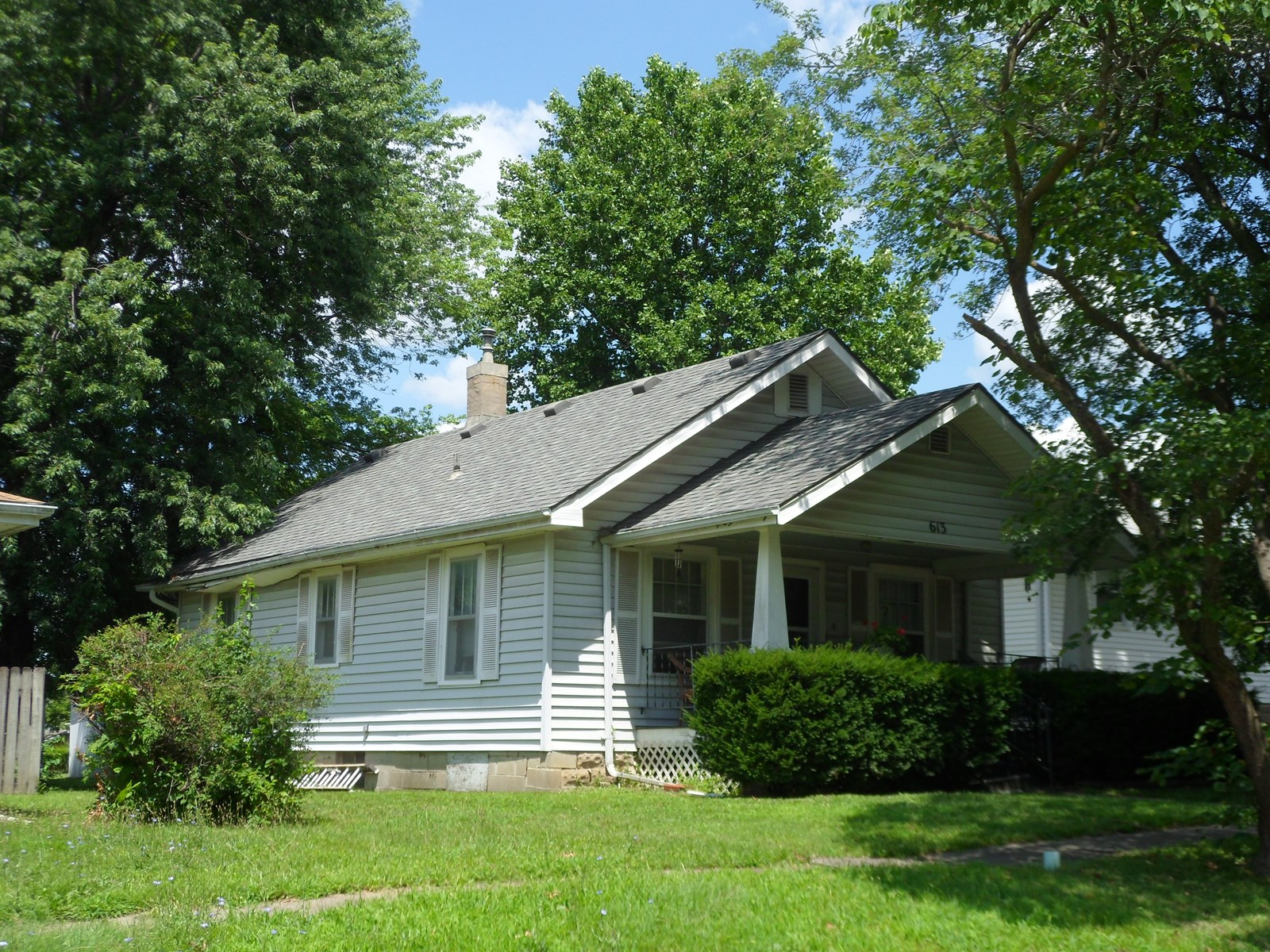 2 BEDROOM BUNGALOW FOR SALE IN CAMERON MO