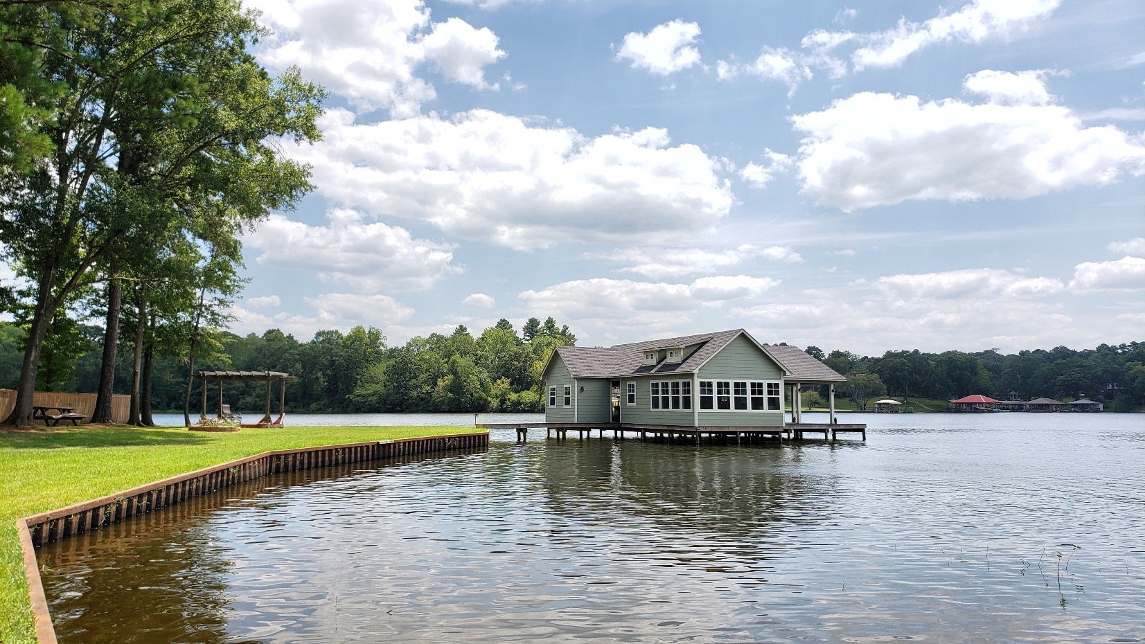 LAKE PALESTINE LOT W/ BOATHOUSE FOR SALE | VACATION PROPERTY