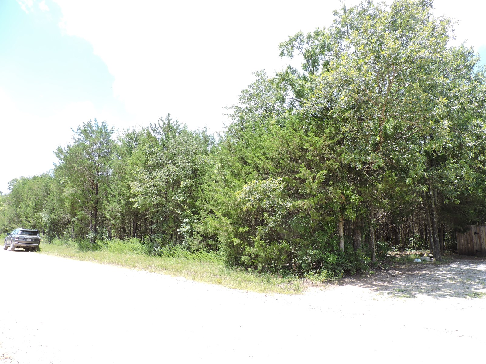 Wooded Building Lot in Diamond City, Ar near Bull Shoals
