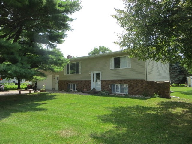 4BR,2BA Main fl. laundry for sale, Woodbine, IA Harrison Co.