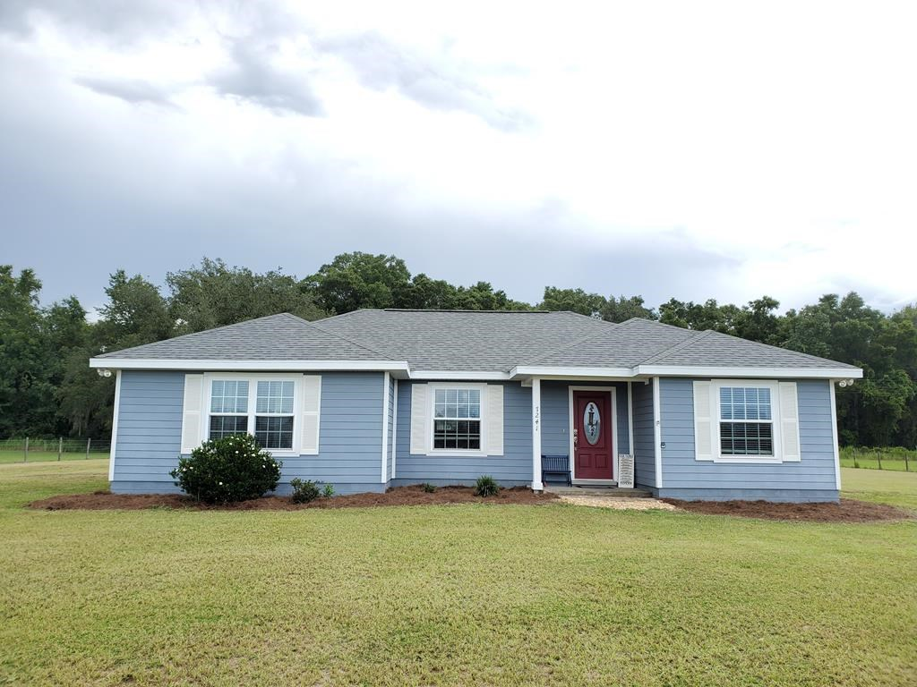Family home! Homes-Only subdivision. Trenton, Levy Couty, FL