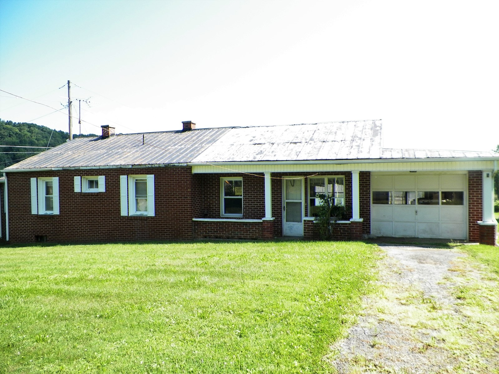 BRICK HOME IN WYTHEVILLE, VA