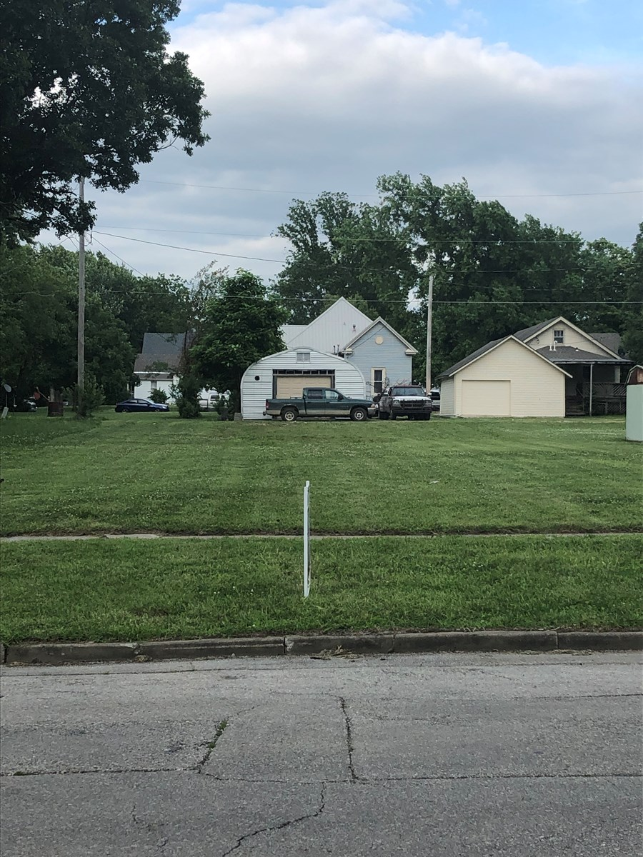 Residential Lot for Sale in Chanute KS