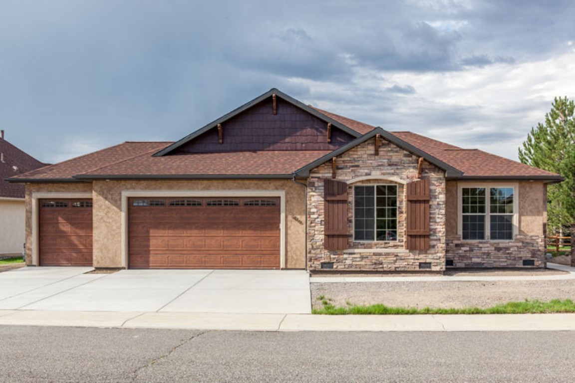 Custom Built Home On Cobble Creek Golf Course, Montrose,CO