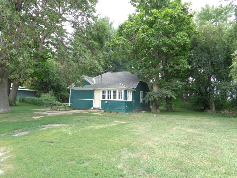 For Sale 2 bed home on 2 acres in Harrison County Iowa