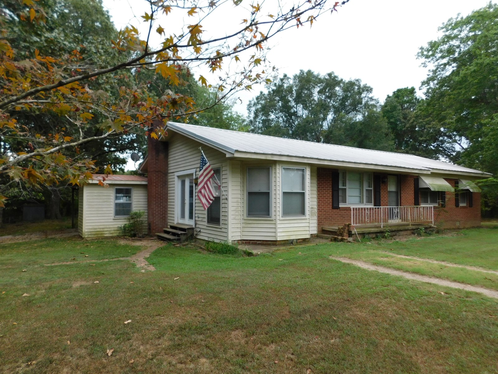 REMODELED COUNTRY BRICK HOME FOR SALE