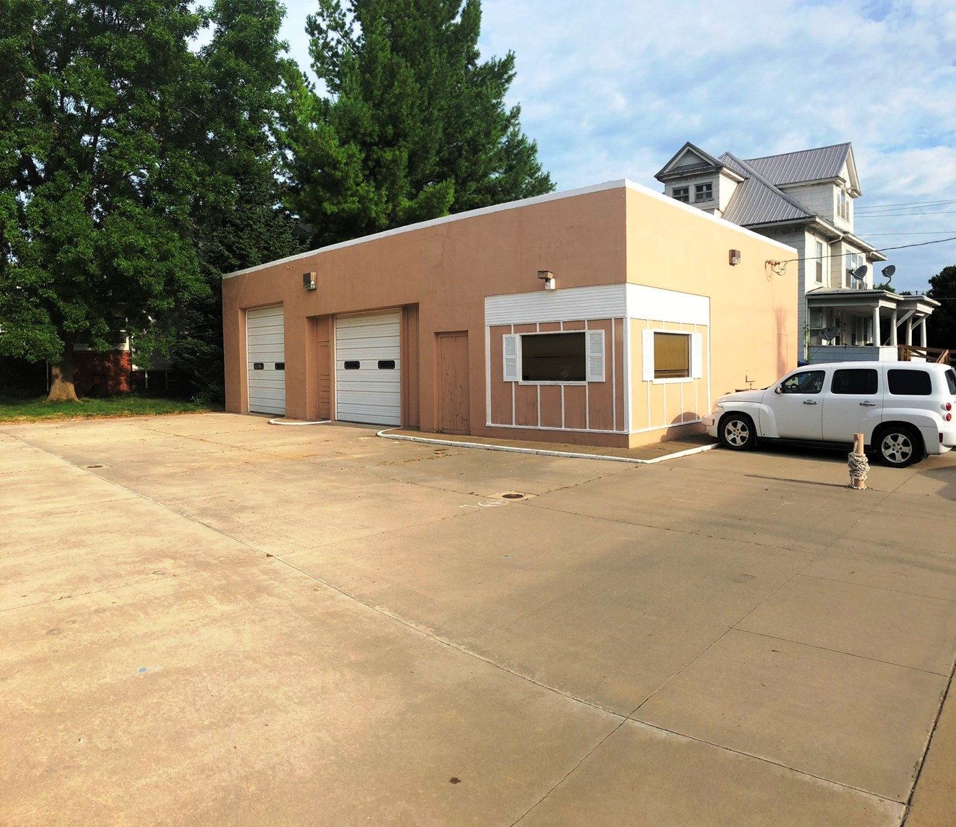 Commercial Building for Sale in Albia, IA