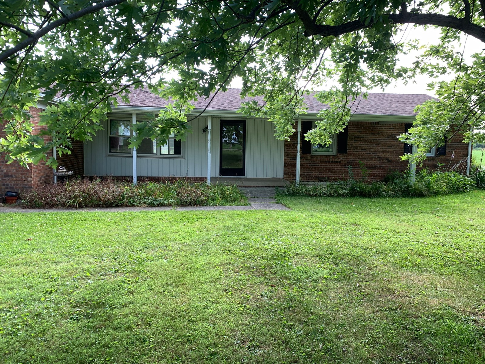 Country Home for Sale Gaston, Indiana