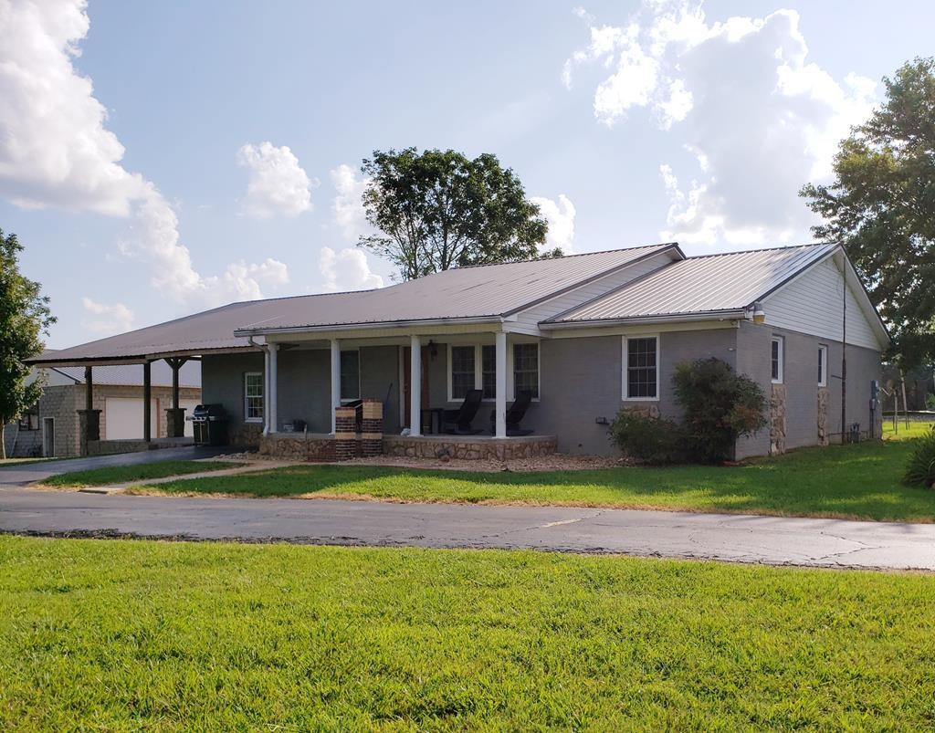 Farm Near Cookeville, Tn/4BR, 2.5BA Ranch