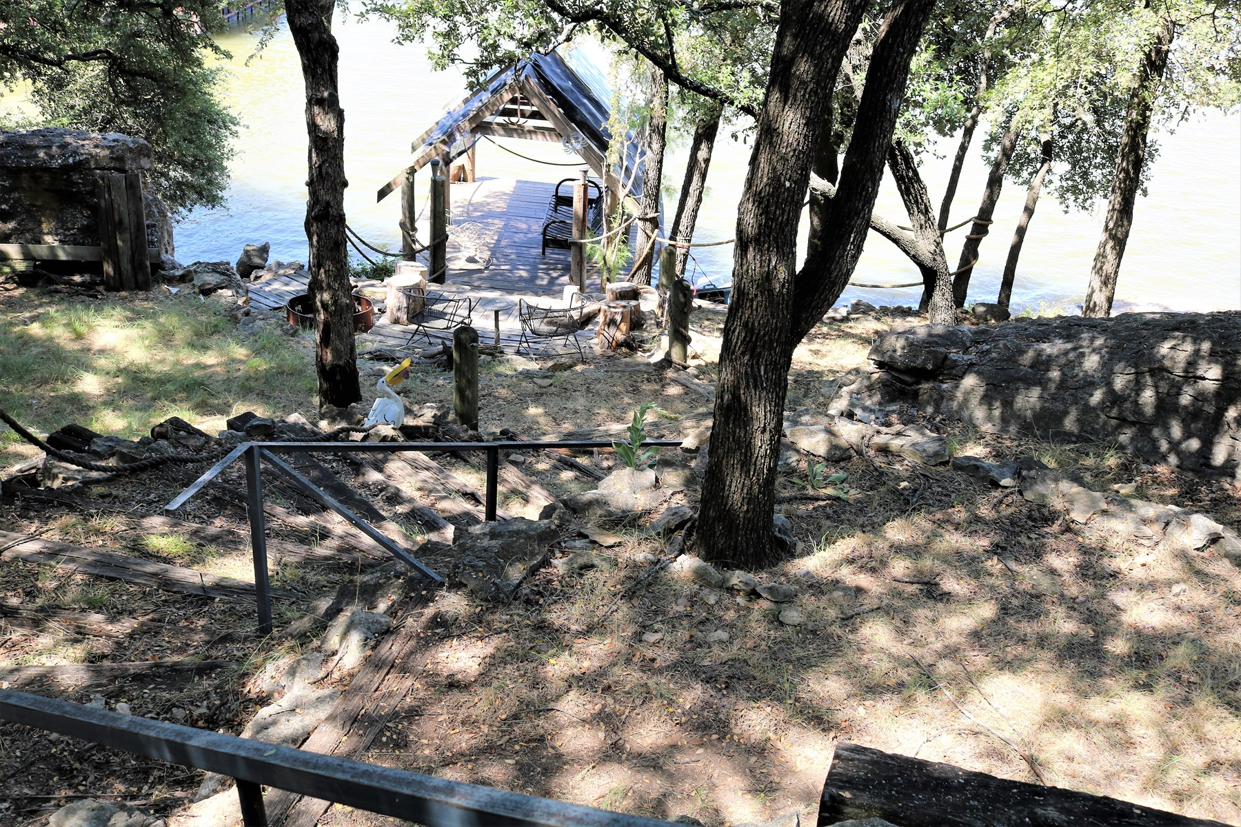 NICE WATERFRONT HOME WITH DOCK AT LAKE BROWNWOOD TEXAS