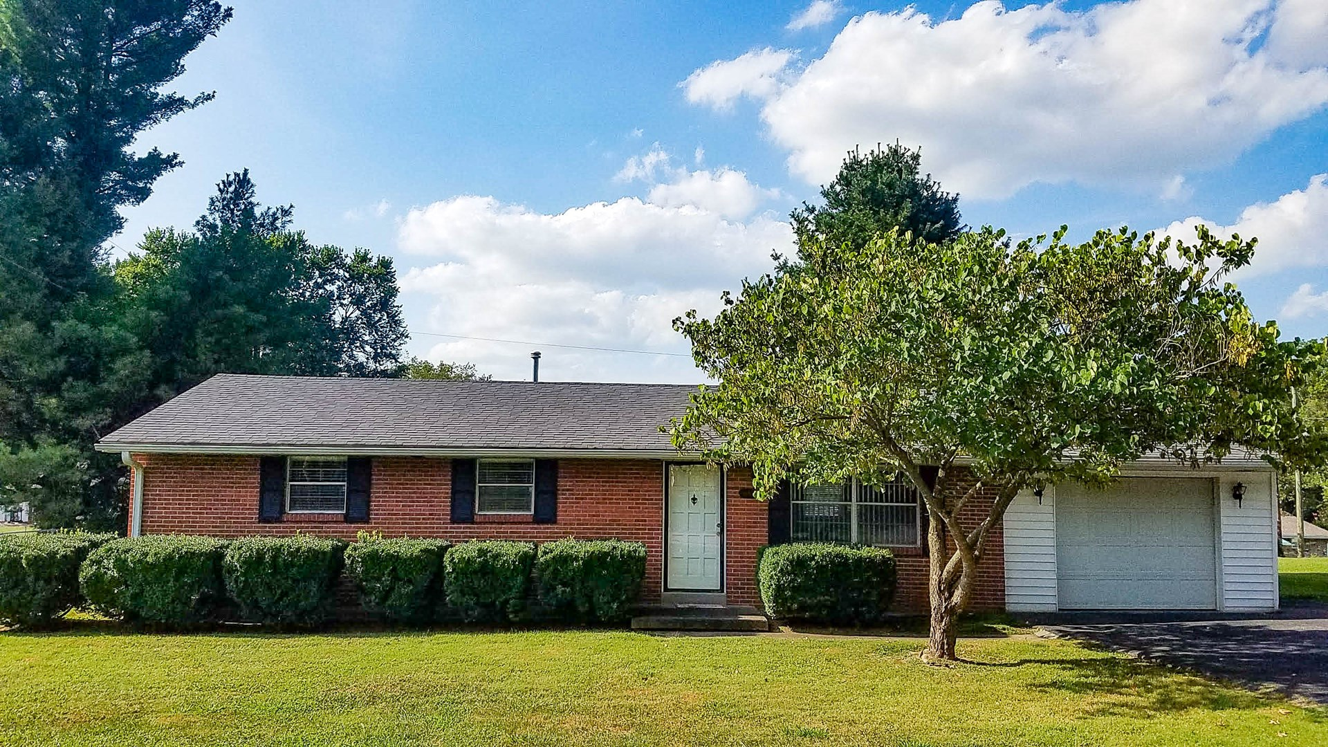 Home in Somerset KY for sale - Brick Ranch 3BR - 1.5 bath
