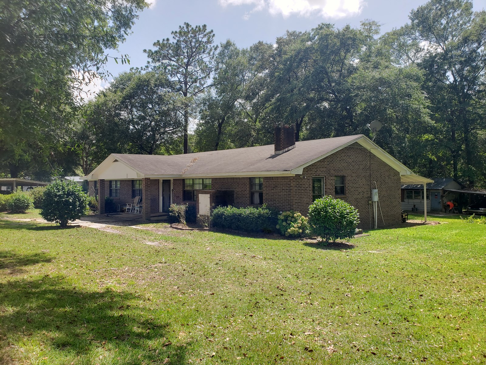 4B/3B Brick Home for sale on 12 Acres, Samson, Alabama