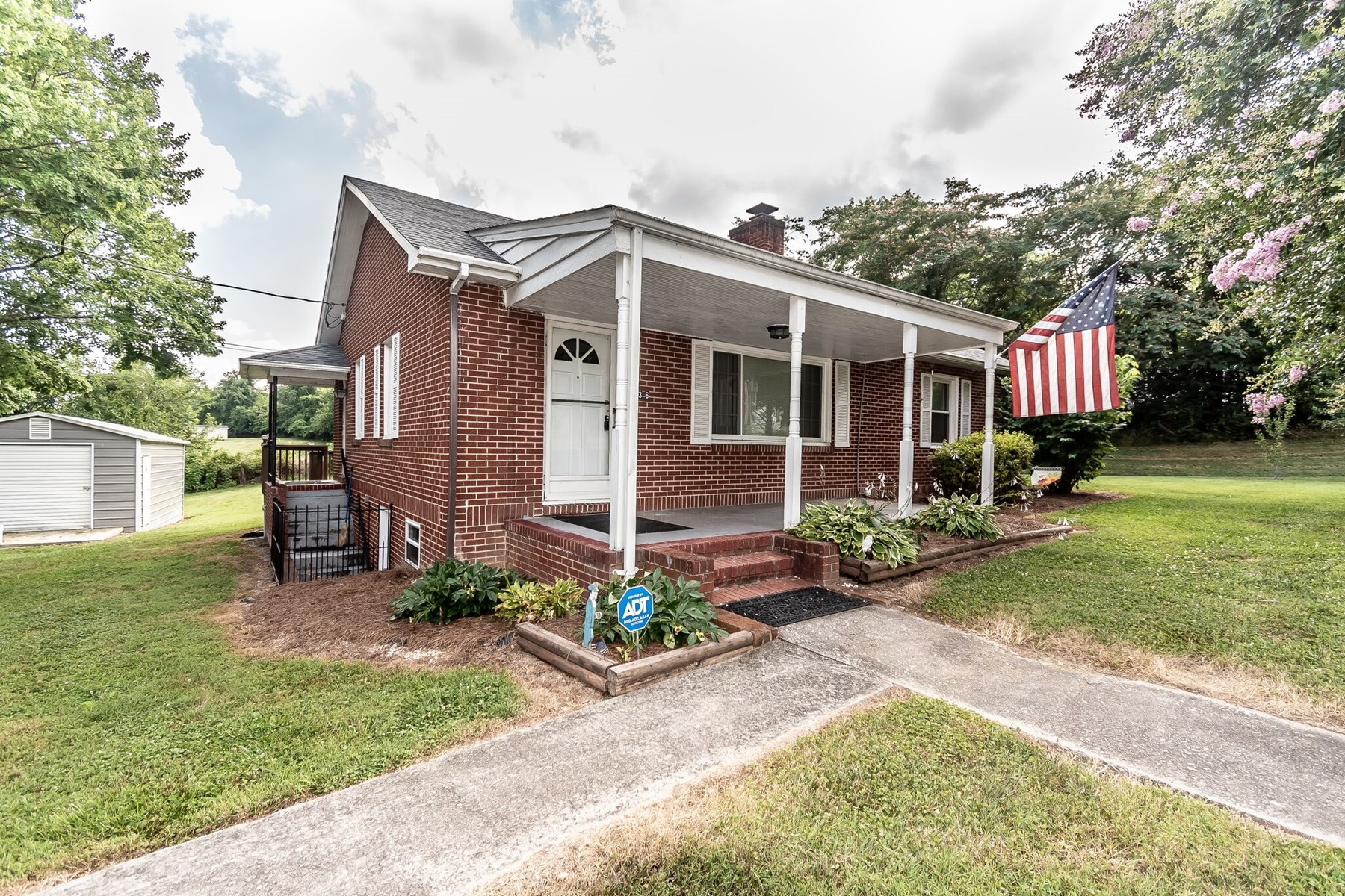 Home for sale in Mount Airy NC