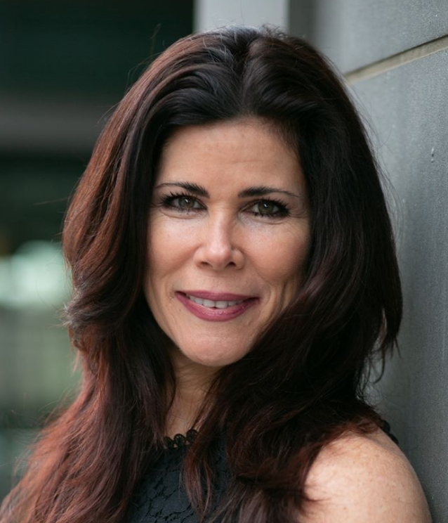 Janelle Karas